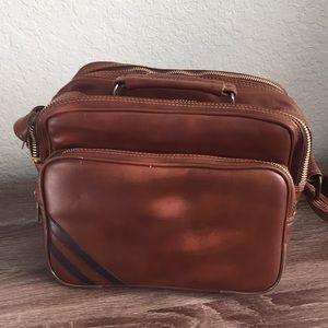 🛸Vintage 70s Style Retro Travel Bag